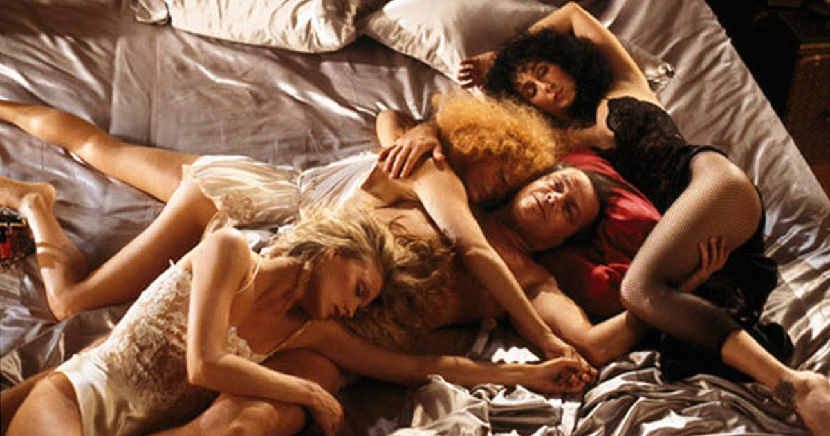 extrait_the-witches-of-eastwick_1